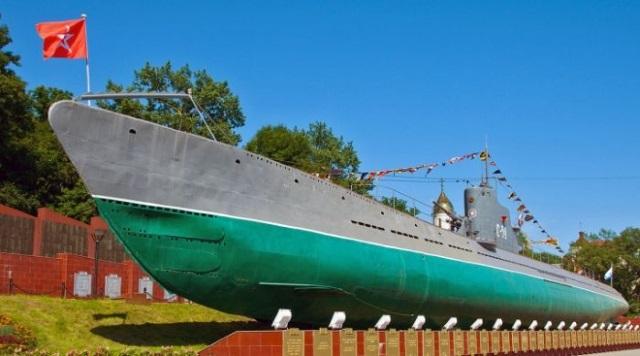 コース潜水艦博物館1